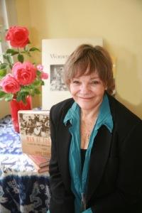 Author Cathy Luchetti